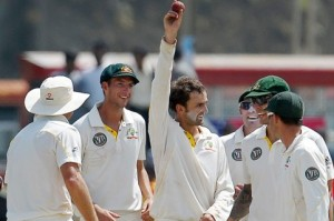 nathan lyon 5 wickets on debut