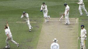 warne 700th test wicket